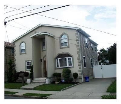 Perth Amboy Single Family Home For Sale: 634 Raritan Avenue