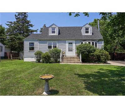 Somerset County Single Family Home For Sale: 85 Hollywood Avenue