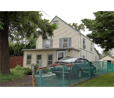 Piscataway Single Family Home For Sale: 608 Maple Avenue N