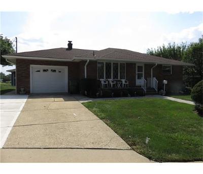Sayreville Single Family Home For Sale: 23 Hilltop Avenue