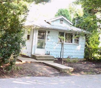 Old Bridge Single Family Home For Sale: 141 McKinley Avenue