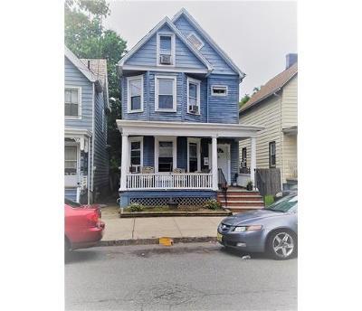 Perth Amboy Single Family Home For Sale: 105 Madison Avenue