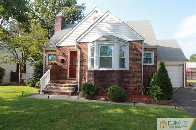 South Plainfield Single Family Home For Sale: 536 Melrose Avenue