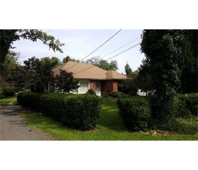 South Brunswick NJ Commercial For Sale: $529,000
