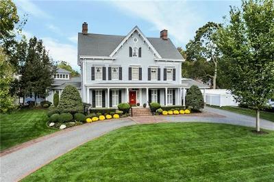 Metuchen Single Family Home For Sale: 169 Maple Avenue
