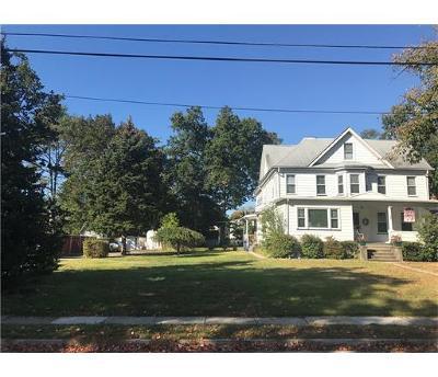 Piscataway Multi Family Home For Sale: 500 Whittier Avenue