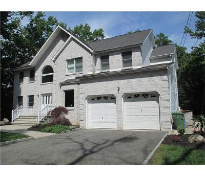 Edison Single Family Home For Sale: 60 Aldrich Avenue