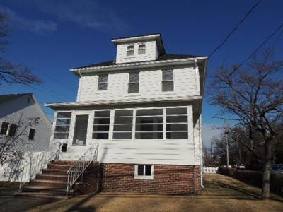 Sayreville Single Family Home For Sale: 323 Washington Road