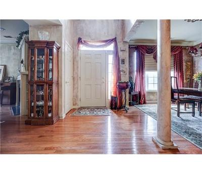 Sayreville Condo/Townhouse For Sale: 48 Wlodarczyk Place
