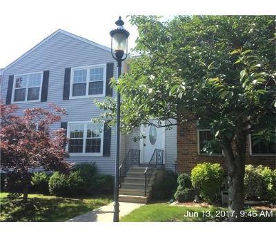 Sayreville Condo/Townhouse For Sale: 58 Lantern Lane