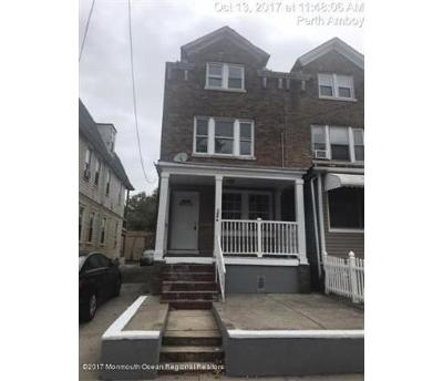 Perth Amboy Single Family Home For Sale: 158a Lewis Street