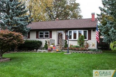 Edison Single Family Home For Sale: 645 Old Post Road