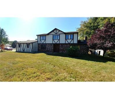Monroe Single Family Home For Sale: 7 Romero Court