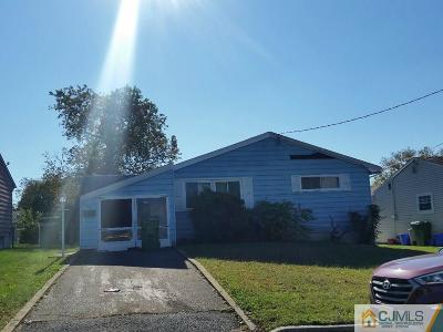 Sayreville Single Family Home For Sale: 92 Pinetree Drive