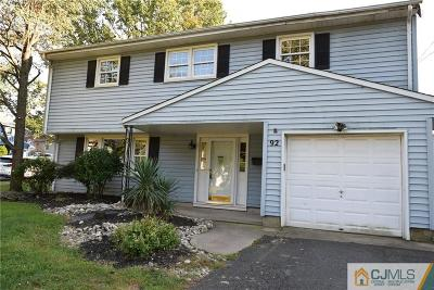 Metuchen Single Family Home For Sale: 92 Sharon Court
