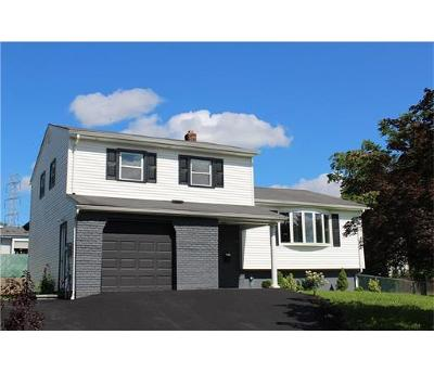 Sayreville Single Family Home For Sale: 38 Calliope Road