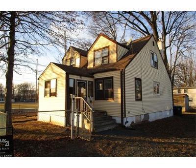 Colonia Multi Family Home For Sale: 220 Patricia Avenue