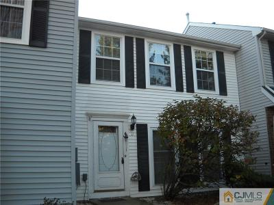 Sayreville Condo/Townhouse For Sale: 11 Siedler Lane