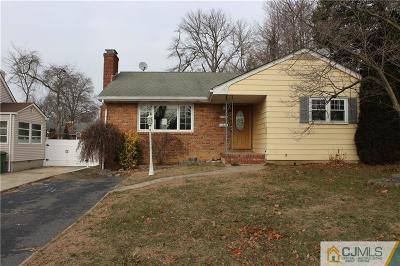 Sayreville Single Family Home For Sale: 147 McCutcheon Avenue