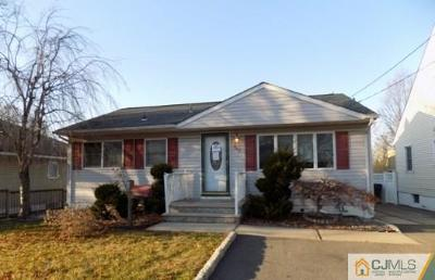 Fords Single Family Home For Sale: 842 Main Street
