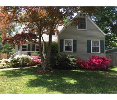 Metuchen Single Family Home For Sale: 277 Grove Avenue