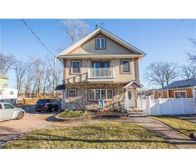 Iselin Single Family Home For Sale: 114 W Woodbridge Avenue