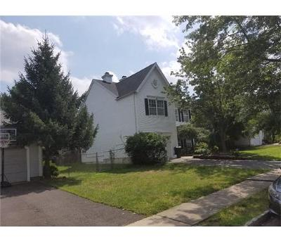 Piscataway Single Family Home For Sale: 6 Gemma Court