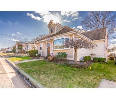 HOPELAWN Single Family Home For Sale: 77 Loretta Street