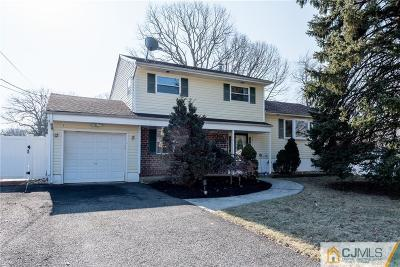 Old Bridge Single Family Home For Sale: 81 Phillips Drive