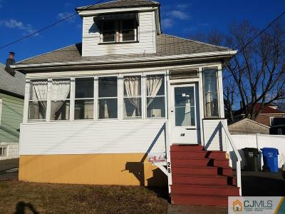 WOODBRIDGE Single Family Home For Sale: 28 Marion Street