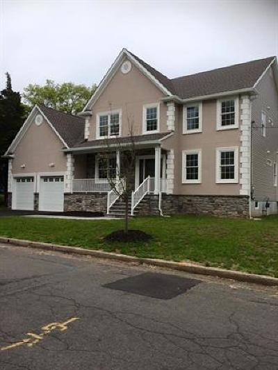 Piscataway Single Family Home For Sale: 1419 Redwood Drive