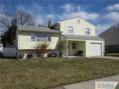 Perth Amboy Single Family Home For Sale: 642 Kelly Avenue