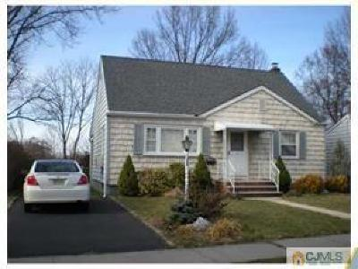 Colonia Single Family Home For Sale: 193 Midfield Road