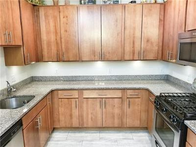 Piscataway Condo/Townhouse For Sale: 334 Pond Lane