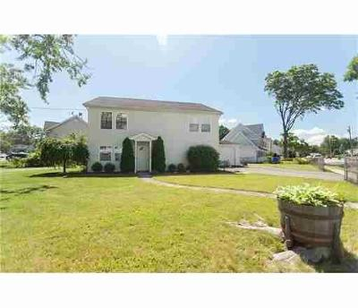 Edison Single Family Home For Sale: 2 Altamont Road