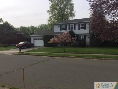 North Edison Single Family Home For Sale: 2 Sherry Court