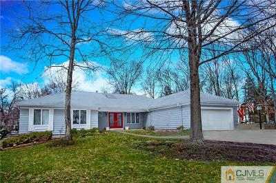 Somerset County Single Family Home For Sale: 39 Crown Road