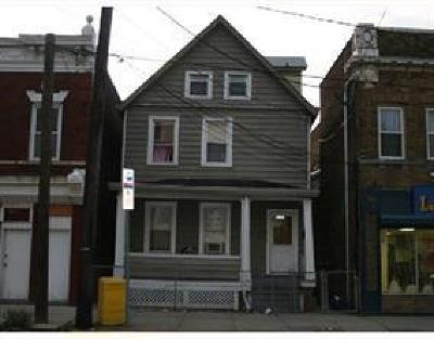 Perth Amboy Multi Family Home For Sale: 699 State Street