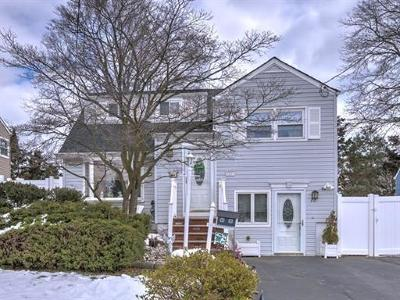 SAYREVILLE Single Family Home For Sale: 22 Harrison Place