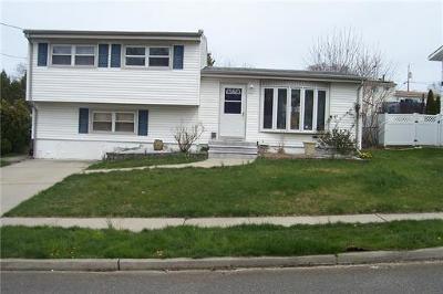 Old Bridge NJ Single Family Home For Sale: $349,900