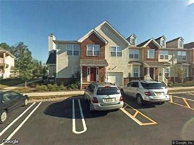 Piscataway Condo/Townhouse For Sale: 314 Moonlight Drive #314