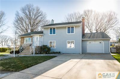 Fords Single Family Home For Sale: 31 Carr Place