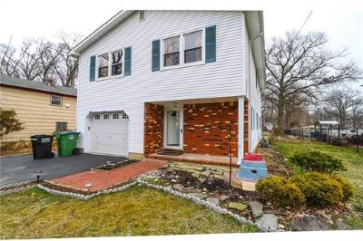 North Edison Single Family Home For Sale: 52 Foley Avenue