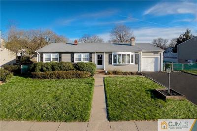 Edison Single Family Home For Sale: 14 Stanley Place
