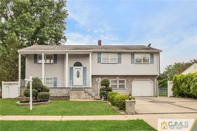 Sayreville Single Family Home For Sale: 14 Cottonwood Drive