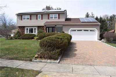 Single Family Home For Sale: 31 Pine Ridge Drive