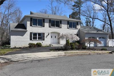 Monroe Single Family Home For Sale: 2 Mayberry Avenue