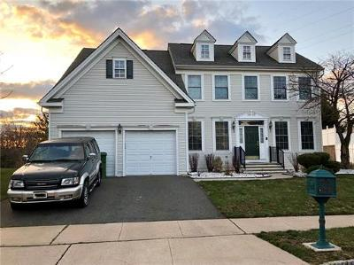 Sayreville Single Family Home For Sale: 24 Maciorowski Road