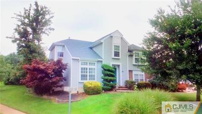 Monmouth County Single Family Home For Sale: 90 Kentucky Way
