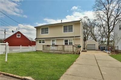 Iselin Single Family Home For Sale: 5 Bender Avenue